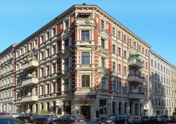 Ein Eckhaus aus der Gründerzeit.
