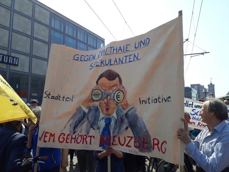 """Transparent """"Wem gehört Kreuzberg?"""""""
