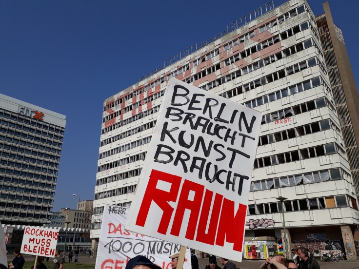 "Plakat ""Berlin braucht Kunst braucht Raum"""